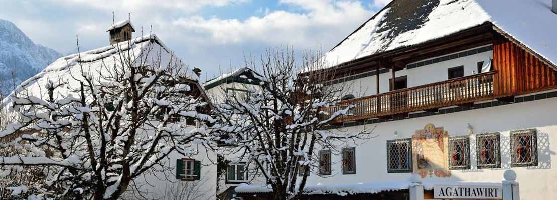 Landhotel Agathawirt im Winter in Bad Goisern